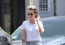 kristen-stewart-shows-off-her-legs-in-denim-shorts-1