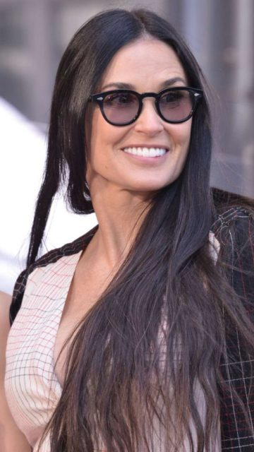 Demi Moore – Lucy Liu Hollywood Walk of Fame Ceremony in Hollywood