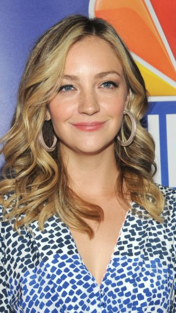Abby Elliott – NBCUniversal Upfront Presentation in NYC