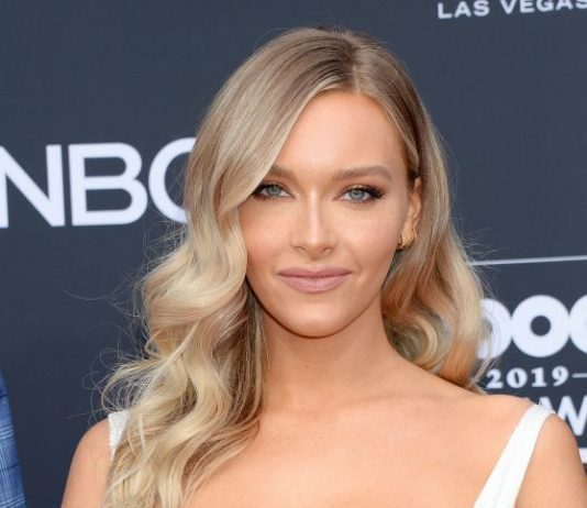 Camille Kostek – 2019 Billboard Music Awards