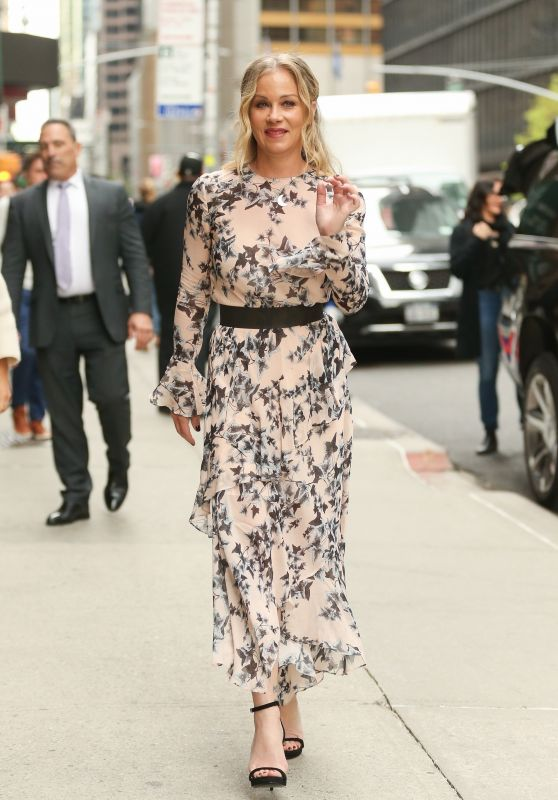 Christina Applegate in a Floral Print Dress – Departs The Late Show With Stephen Colbert