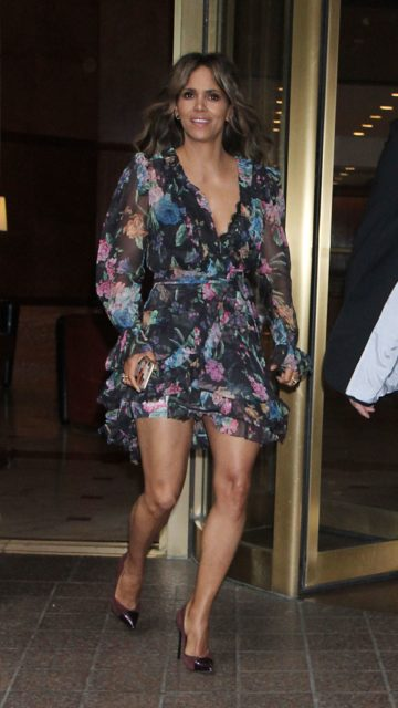 Halle Berry – Leaving Her Hotel in New York