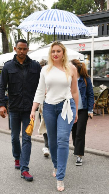 Iskra Lawrence on the Croisette in Cannes