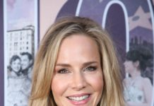 "Julie Benz – 20th Anniversary and Cast Reunion of 1999 Cult Classic ""Jawbreaker"" in LA"