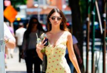 Emily Ratajkowski in Summer Mini Dress – New York City