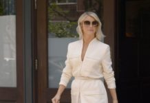 Julianne Hough is Looking All Stylish