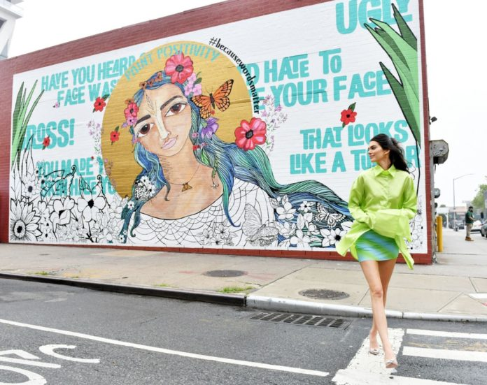 Kendall Jenner – Stops by the #PaintPositivity #BecauseWordsMatter Mural in NY
