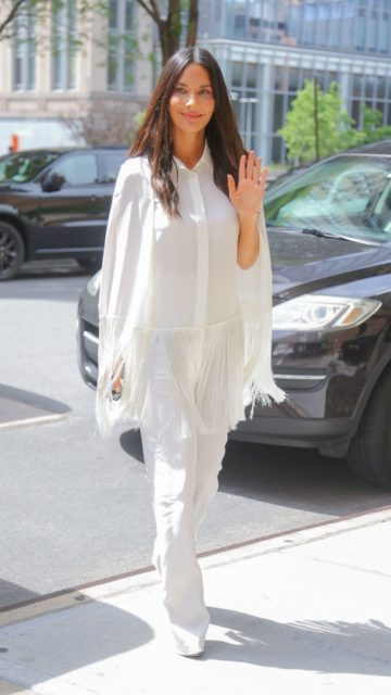 Olivia Munn – Out in New York