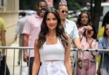 "Olivia Munn – Outside ""The View"" TV Talk Show in NYC"