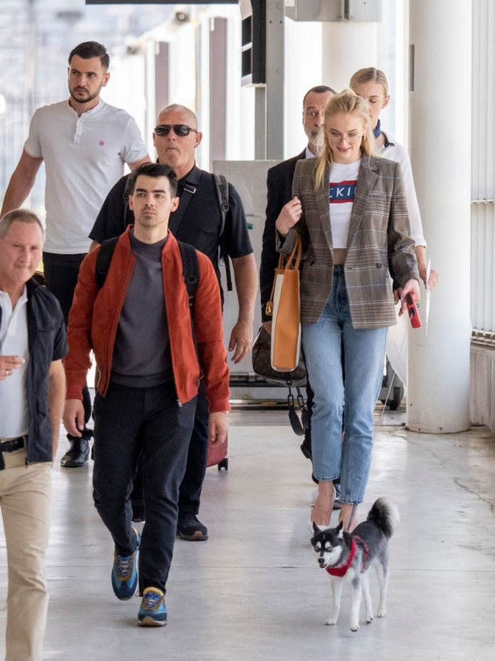 Sophie Turner and Joe Jonas in Avignon, France