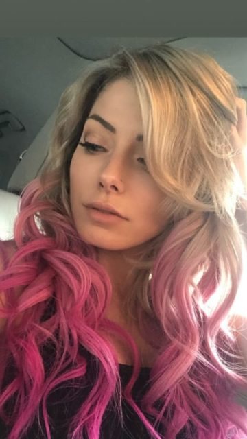 Alexa Bliss – Social Media
