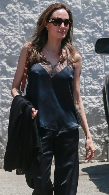 Angelina Jolie Style – Out in Los Angeles