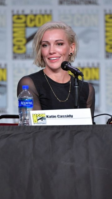 "Katie Cassidy – ""Arrow"" Special Presentation and Q&A at SDCC 2019"