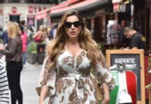 Kelly Brook in Summer Dress
