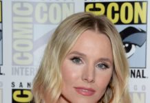 "Kristen Bell – ""The Good Place"" Press Line at 2019 SDCC"