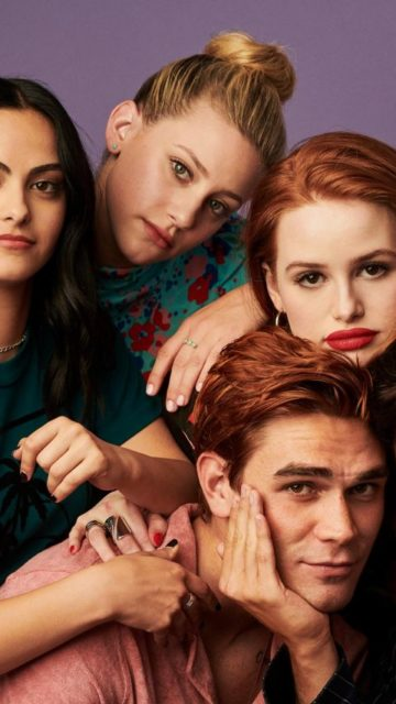 Lili Reinhart, Camila Mendes and Madelaine Petsch – Photoshoot Entertainment Weekly Comic Con