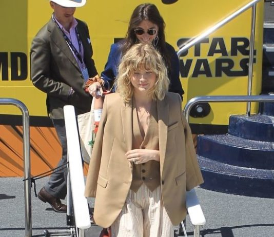 Maddie Hasson – Arrives at SDCC 2019