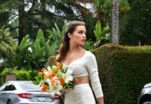 Olivia Culpo is Stylish – Out in Los Angeles