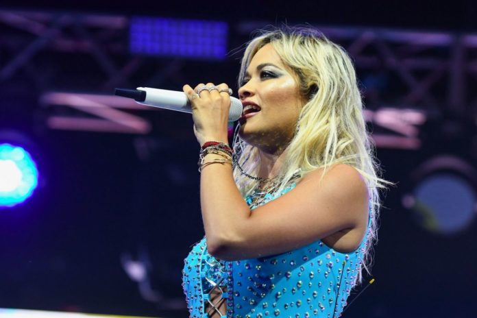 Rita Ora – Performing Live in London