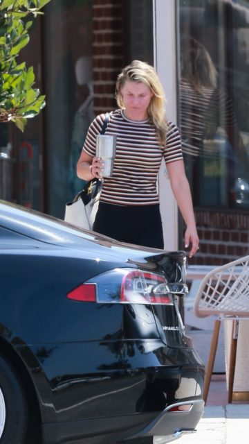 Ali Larter – Leaving Tracy Anderson Gym in Brentwood