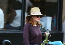 Bryce Dallas Howard – Out in NYC