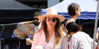 Elizabeth Olsen – Shopping at the Farmers Market in Studio City