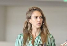 Jessica Alba – Shopping in Century City