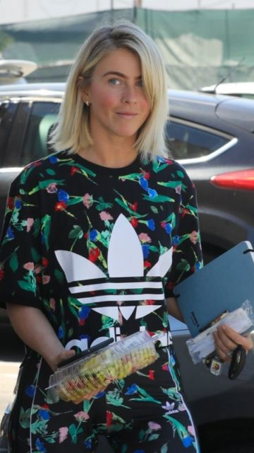 Julianne Hough – Arriving at a Studio in Los Angeles