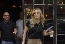 Kaley Cuoco – Bowery Hotel in NYC