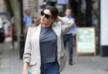 Kelly Brook in Casual Outfit – Arriving at Global Offices in London