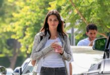 Kendall Jenner – CHa Cha Matcha in West Hollywood