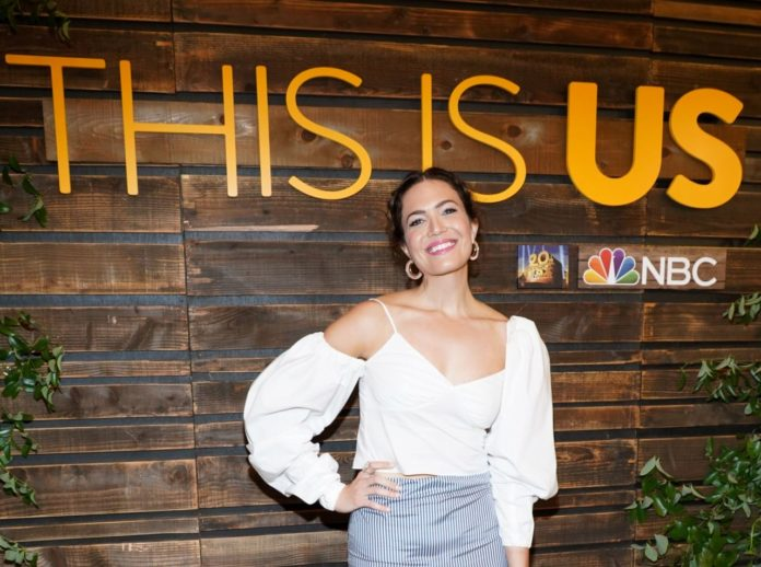 "Mandy Moore – NBC's ""This Is Us"" Pancakes With the Pearsons"