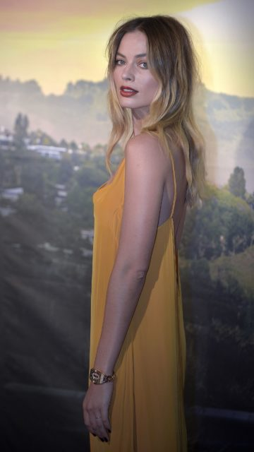 """Margot Robbie – """"Once Upon a Time In Hollywood"""" Premiere in Rome"""