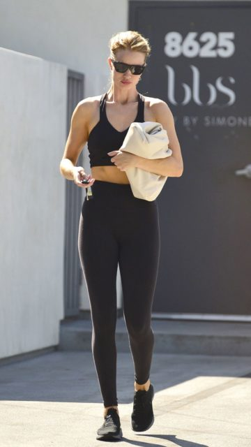 Rosie Huntington-Whiteley – Leaving Pilates Class in West Hollywood