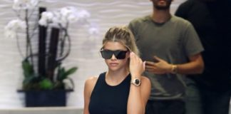 Sofia Richie – Out in Beverly Hills