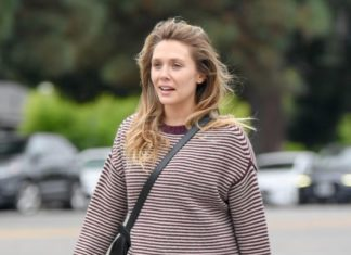 Elizabeth Olsen in Tights – Out in LA