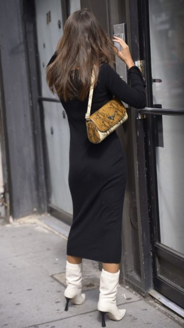 Emily Ratajkowski – Out in New York City