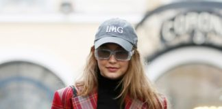 Gigi Hadid – Out in Paris