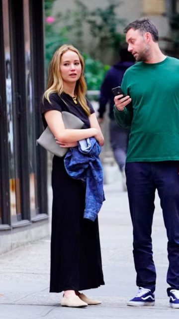 Jennifer Lawrence – Out in NYC