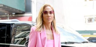 Jennifer Lopez in all Pink Business Suit – NYC