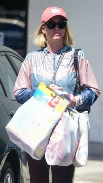 Katy Perry – Shopping in LA