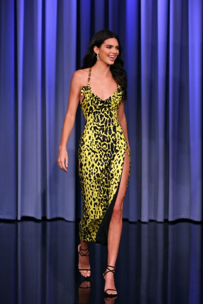 """Kendall Jenner – """"The Tonight Show Starring Jimmy Fallon"""" in NYC"""