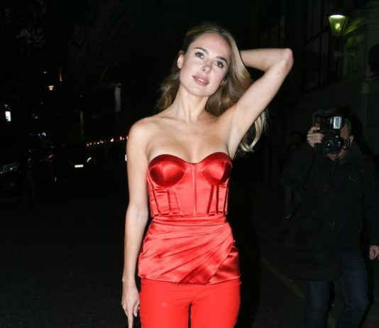 Kimberley Garner – Leaving the Savoy Hotel in London