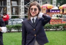 Natalia Dyer – Thom Browne's Show at NYFW