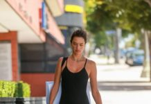Alessandra Ambrosio – Arriving for Pilates in Santa Monica