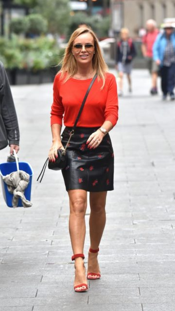 Amanda Holden – Leaving the Global Studios in London