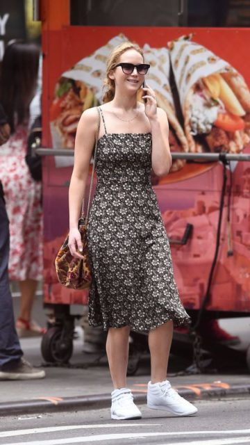 Jennifer Lawrence – Shopping at Bergdorf Goodman Store in NYC