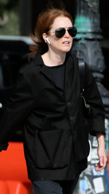 Julianne Moore in a Stylish All-Black Outfit in NYC