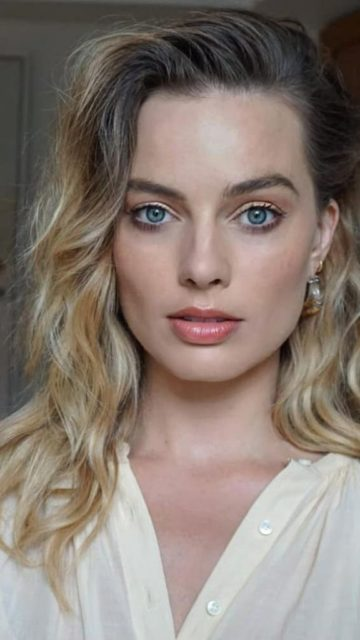 Margot Robbie – BTS Photoshoot for Events 2019