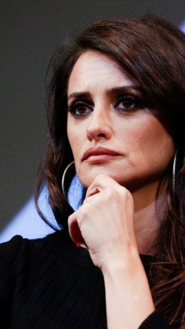 "Penelope Cruz – ""Wasp Network"" Press Conference at New York Film Festival"